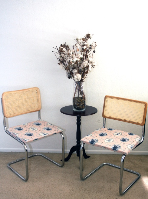 1f9561fdc7643c9d-chairs
